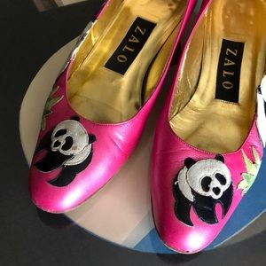 Vintage 80's Zalo Panda hot pink and gold insides
